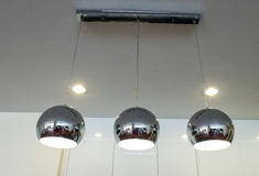 Lâmpadas de prata da cozinha Fotos de Stock