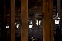 Lâmpadas de rua elétricas retros velhas feitas do estilo do metal Imagens de Stock