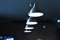 Lâmpadas de suspensão redondas de aço Imagens de Stock Royalty Free