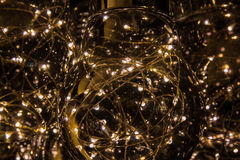 Lâmpadas leves no fundo escuro Foto de Stock Royalty Free