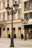 Lâmpadas na rua em Budapest da baixa Fotografia de Stock