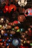 Lâmpadas turcas no bazar grande, Imagens de Stock Royalty Free