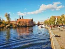 LÃ ¼ potoczka kanałowy widok, Niemcy fotografia stock