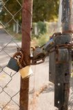 lÃ¥st stål för dörrar Arkivfoto