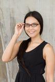 Lächeln, überzeugte, glückliche, positive Frau Stockbilder