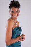 Lächeln der recht schwarzen Frau Stockfoto