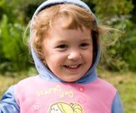Lächeln des kleinen Mädchens Stockfotografie