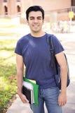 Lächeln des männlichen Studenten Stockbild