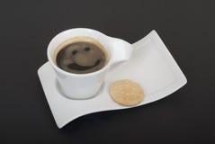 Lächeln in einem Kaffee Lizenzfreie Stockfotos