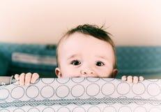 Lächelnde Augen - Retro- lizenzfreie stockbilder