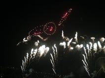 Lächelnde Feuerwerke Stockfotos