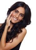 Lächelnde Frau mit dem langen Haar Lizenzfreies Stockfoto