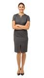 Lächelnde Geschäftsfrau Standing Arms Crossed Stockfotografie