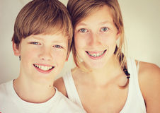 Geschwister Stockfotos