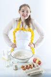 Lächelnde Hauswirtschaftsleiterin Stockbild