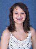 Lächelnde junge Dame des Portraits recht stockfoto