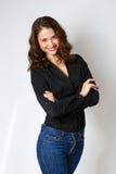 Lächelnde junge Frau Gefühl glücklich Lokalisiert auf weißem backgroun stockfotos