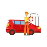 Lächelnde Mechaniker-Checking The Battery-Energie in der Garage, Auto-Reparatur-Werkstatt-Service-Illustration stock abbildung