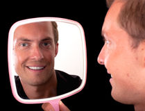 Lächelnde Reflexion Lizenzfreie Stockfotos