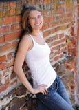 Lächelnde schöne junge Frau Lizenzfreies Stockbild