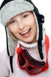 Lächelnde Skifahrerfrau lizenzfreies stockbild