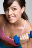 Lächelnde Trainings-Frau Lizenzfreie Stockfotografie