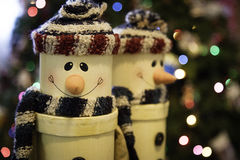 Lächelnde Weihnachtsschneemänner Stockfotos