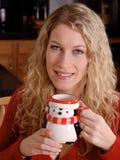 Lächelnde Winter-Frau Lizenzfreies Stockfoto
