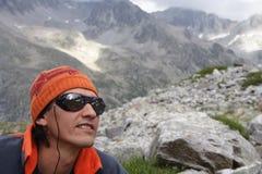 Lächelnder Bergsteiger Stockbilder