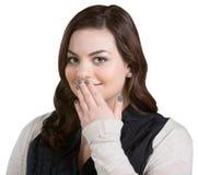Lächelnder Frauen-Bedeckungs-Mund Lizenzfreie Stockfotos