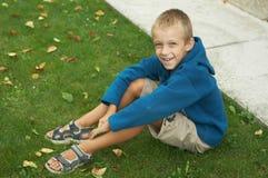Lächelnder Junge Stockfoto
