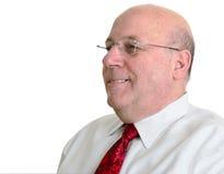 Lächelnder kahler Mann mit Valentinsgrußgleichheit Stockfotografie