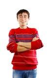 Lächelnder Mann in gestreifter Strickjacke Stockfotos