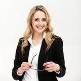 Lächelndes überzeugtes busineswoman oder Direktorin Lizenzfreies Stockfoto