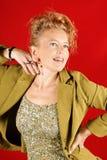 Lächelndes blondes Frauenportrait Stockfotos