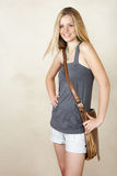 Lächelndes blondes Mädchen Lizenzfreie Stockfotos