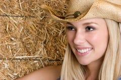Lächelndes Cowgirl stockbild