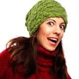 Lächelndes Mädchen in der Winterart Stockfotografie