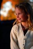 Lächelndes Mädchen-Portrait stockfoto