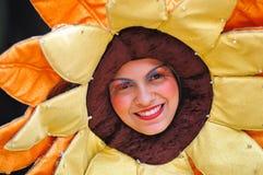 Lächelndes Maskottchen lizenzfreies stockfoto