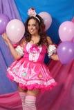 Lächelndes Party-Girl stockfoto