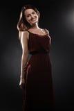 Lächelndes Porträt Mode-Modell-Elegant-Frau stockfotografie