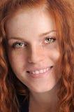 Lächelndes readhair Mädchen Stockfoto