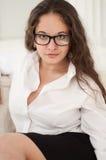 Lächelndes sexy Schulmädchen Lizenzfreie Stockfotografie