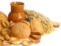 Läcker brödskorpa och brödcirklar Arkivfoto