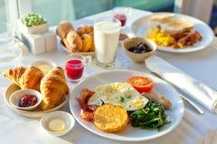 läcker frukost royaltyfria foton