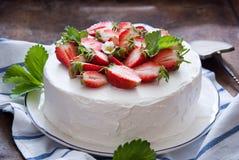 läcker jordgubbe för cake Royaltyfri Foto