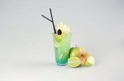 Läcker ny grön coctail Royaltyfri Fotografi