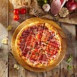 Läcker ny pizza Arkivfoton
