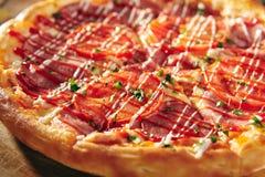Läcker ny pizza Arkivfoto